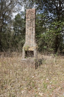 Oriole Ghost Town Homestead Chimney
