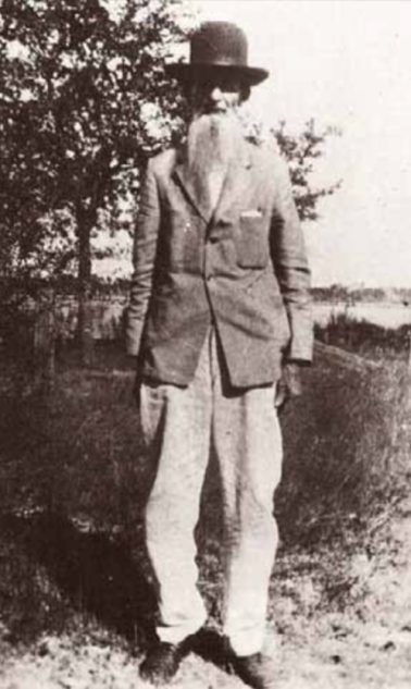 Walter R. Gainer, son of William Gainer who first established his homestead here. Walter had a homestead in the area as well this is a photo of him around 1915. (1836-1920)